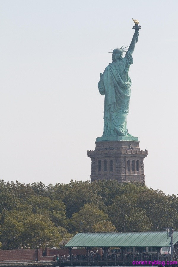 Dori's Shiny Blog - Statue of Liberty at Newport Half Marathon