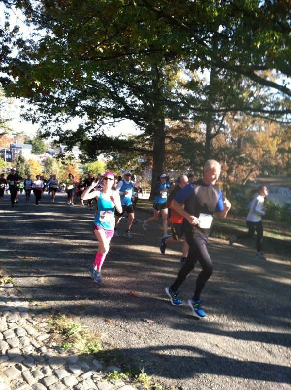 Dori at Mile 7 Richmond Half Marathon