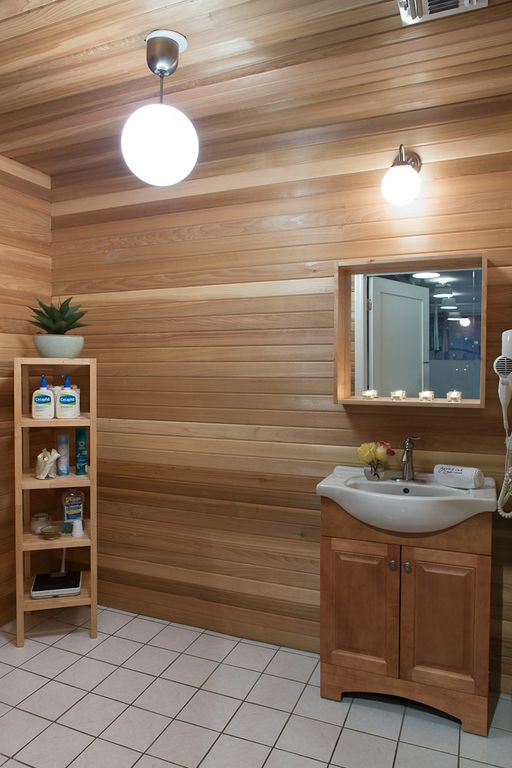 work it out bathroom -
